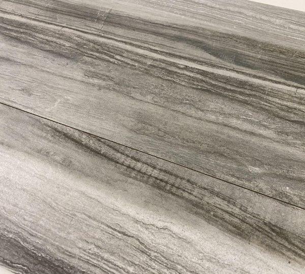 Pavimento Piastrelle effetto legno