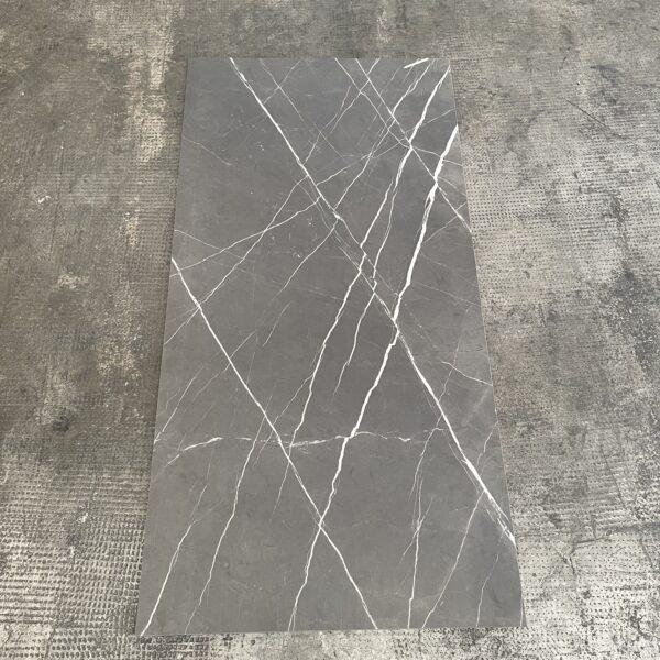 piastrella effetto pietra